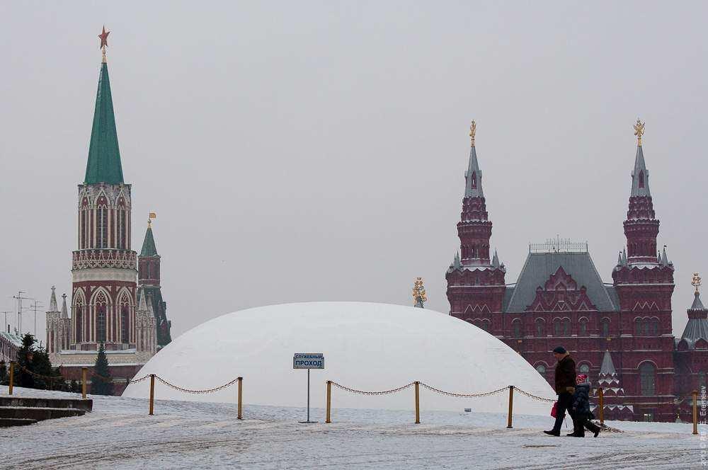 Купол над мавзолеем в начале 2013 года фото: Евгений Еремеев