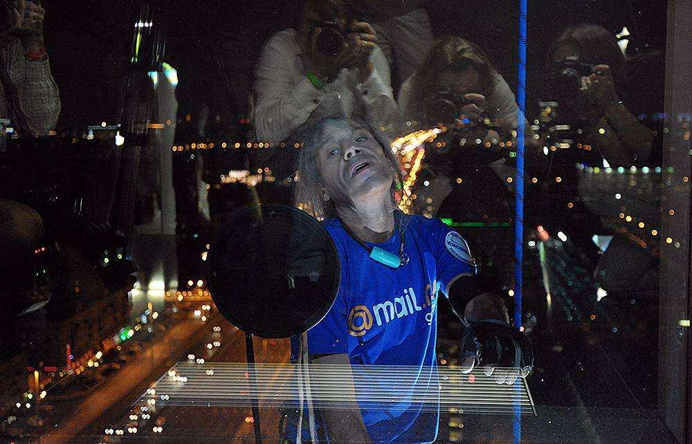 Человек-паук Ален Робер покорил московский небоскреб