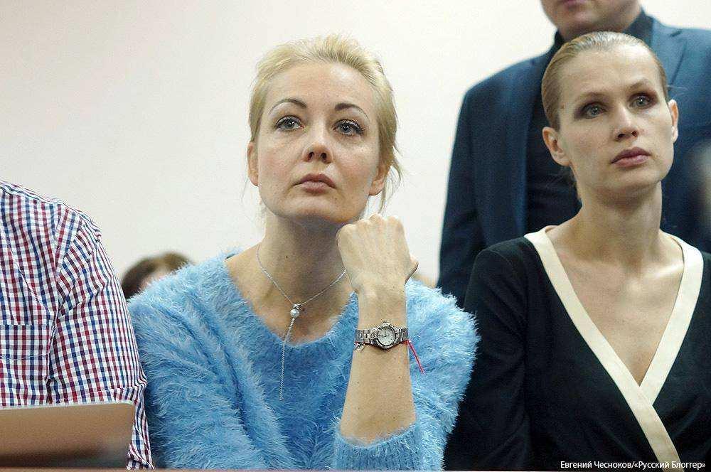 Рассмотрение дела Навального в суде