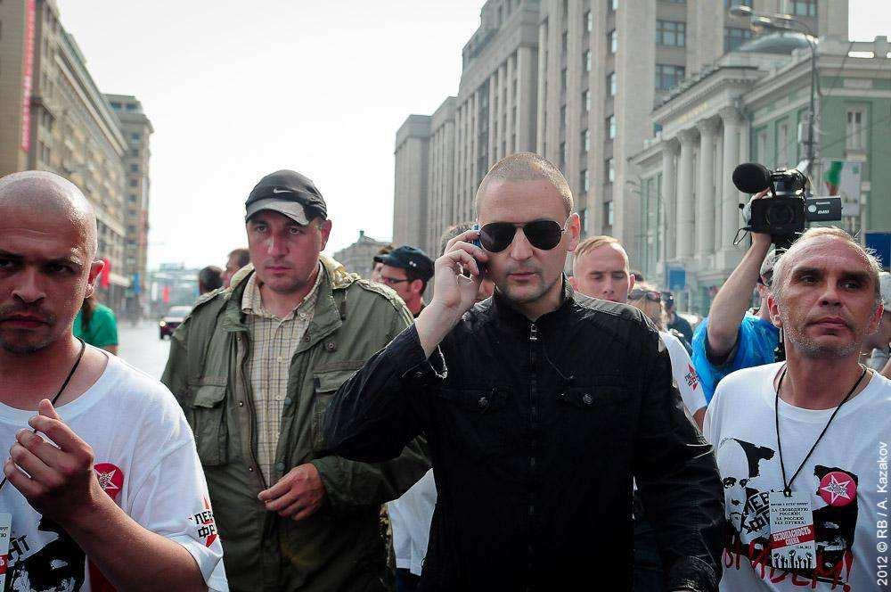 Сергей Удальцов возле ГосДумы РФ