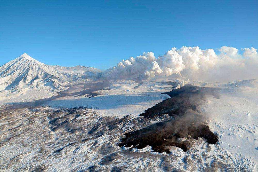 Извержение вулкана Плоский Толбачик 29 ноября 2012