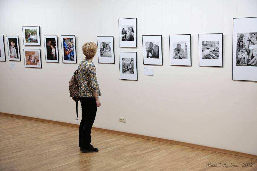 Открылась выставка Один день из жизни ребенка