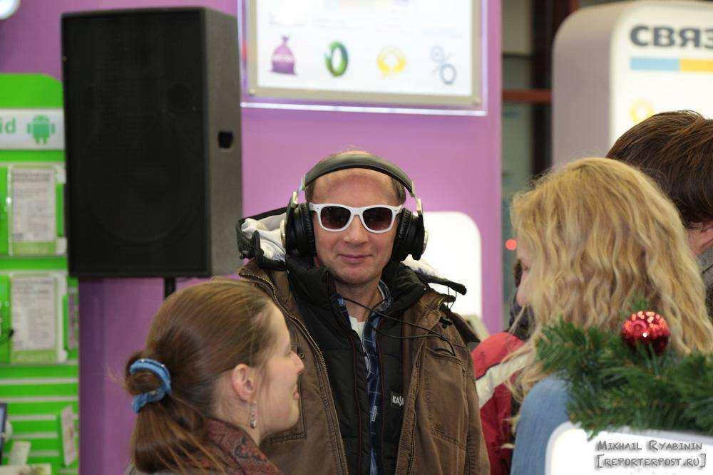 В России стартовали официальные продажи iPhone5
