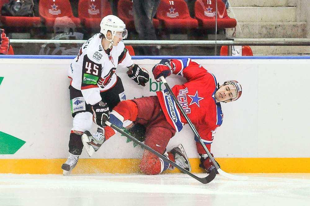 Автомобилист сыграл с ЦСКА