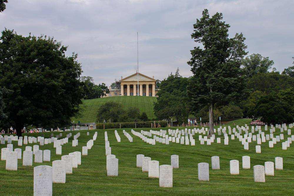 Арлингтонское национальное кладбище
