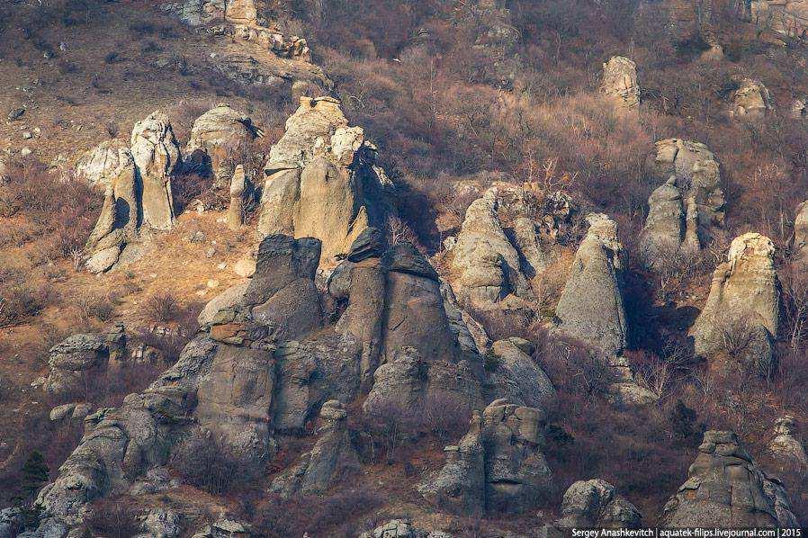 Красоты Крыма. Мистика Долины Привидений
