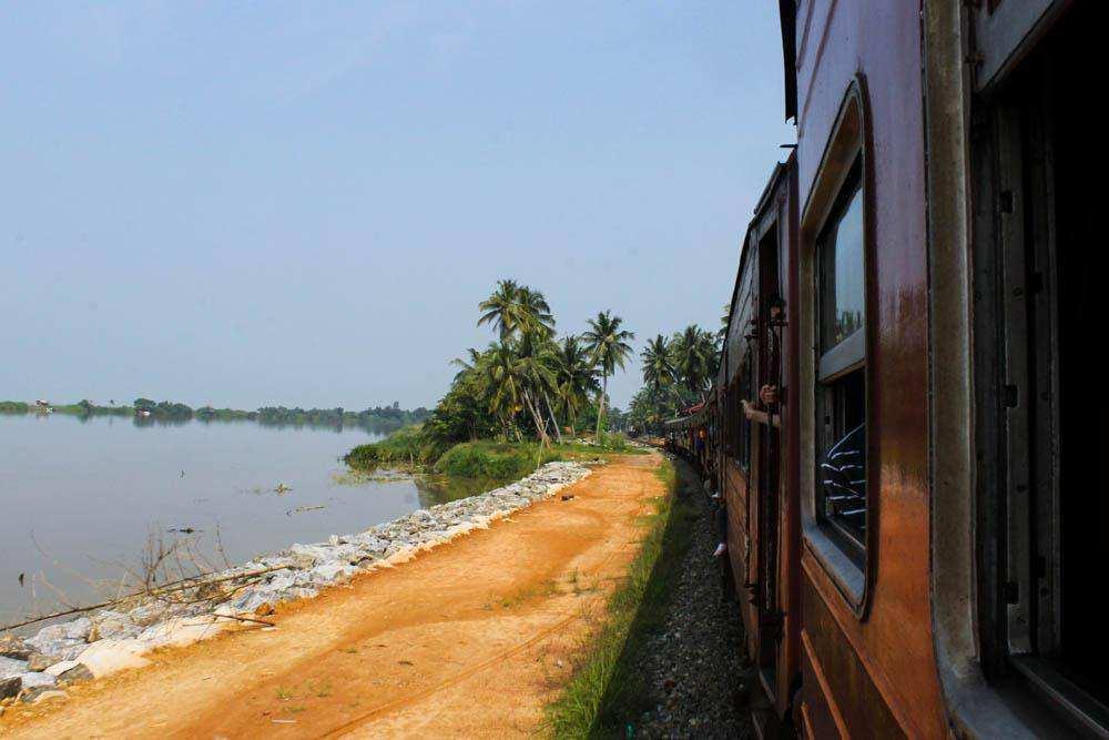 Шриланкийский поезд