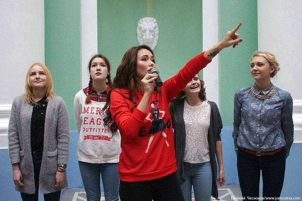 Ляйсан Утяшева и Павел Воля прокачали студентов