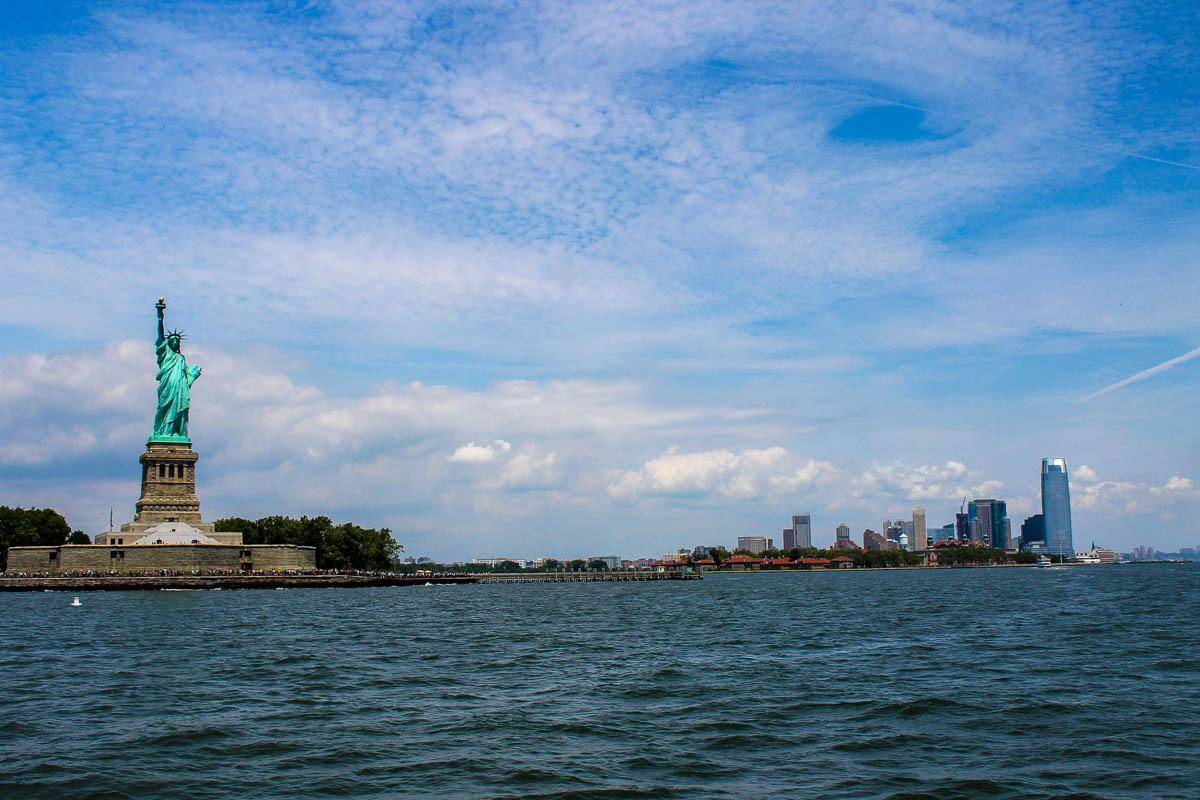 Вокруг Манхэттена