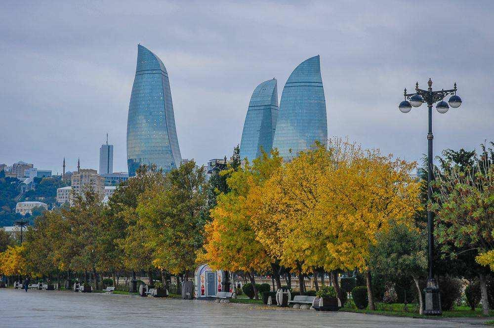 Солнечный Баку