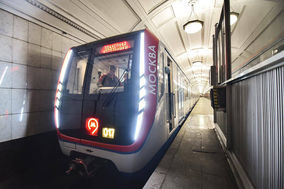 вагоны метро 765 серия