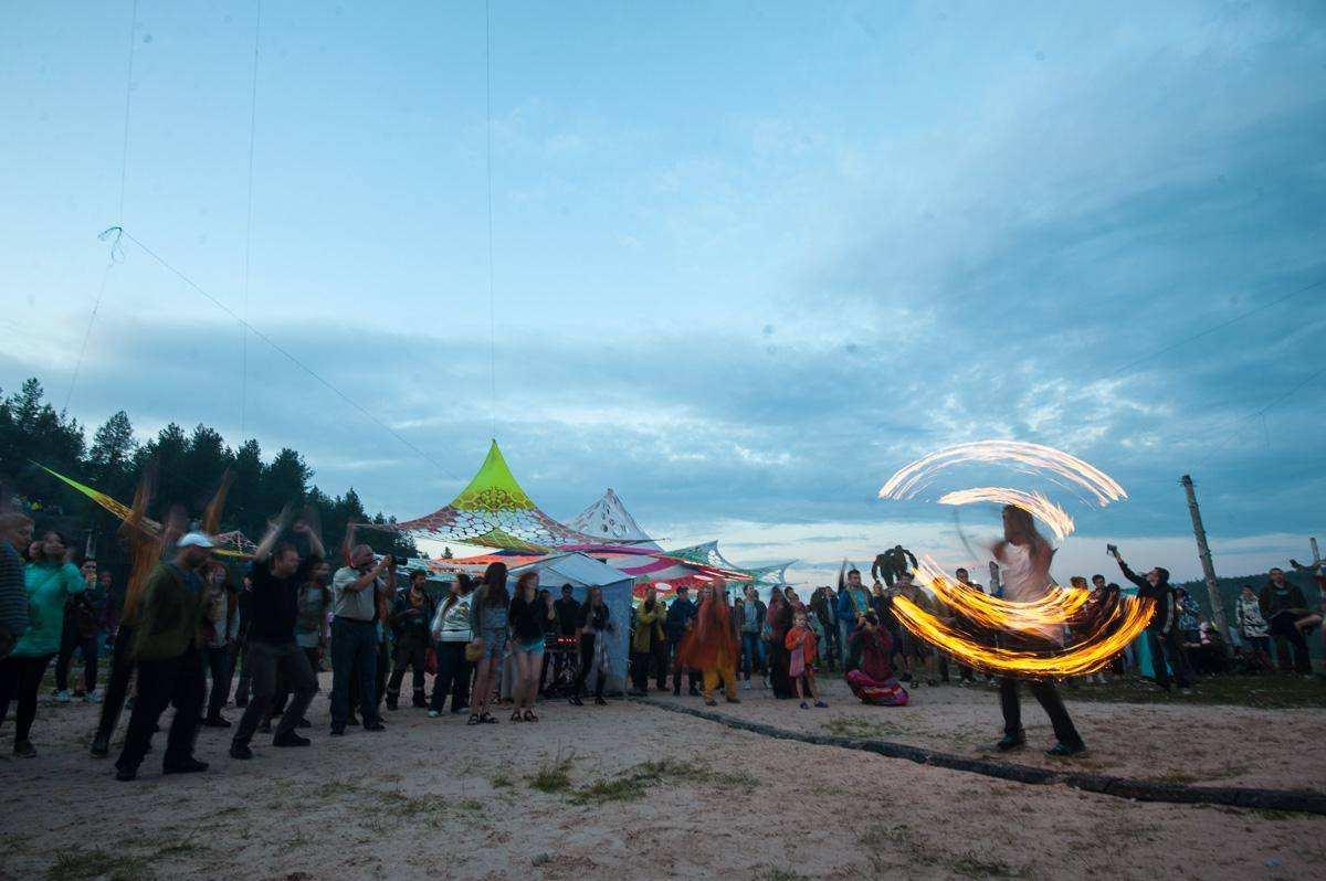 Музыкальный фестиваль Белый шум