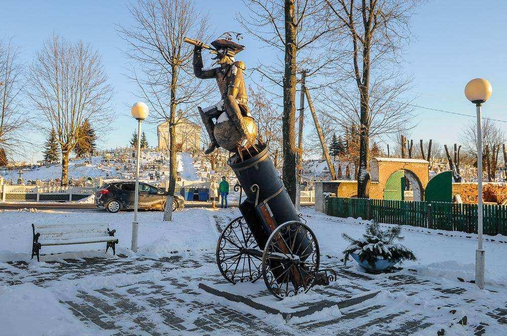 Путешествие по Беларуси. Памятник Мюнхгаузену