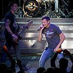 Знаменитые 3 Doors Down выступили на сцене Крокус Сити Холла в Москве