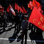 Коммунисты отметили День Победы шествием