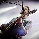 Two door cinema club выступили в  Stadium Live