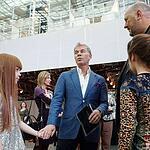 Открылась «Неделя моды в Москве». Показ Валентина Юдашкина.