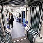 Поезд со сквозным проходом